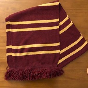 JUST IN ✨ Harry Potter Inspired Gryffindor Scarf